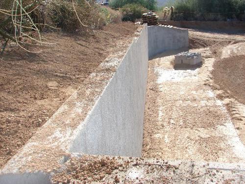 podpornaya-stena-iz-betonnih-blokov